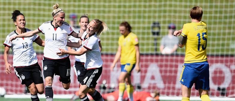 Сборная Германии (жен) - сборная Англии (жeн). Прогноз Олега Жукова