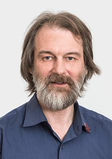 Михаил Мельников